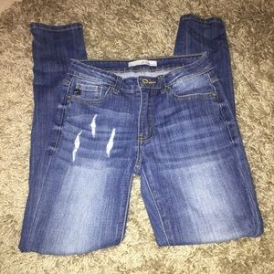 Kancan high rise distressed skinny jeans size 26